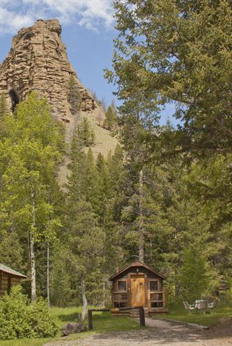 Cabins near Yellowstone